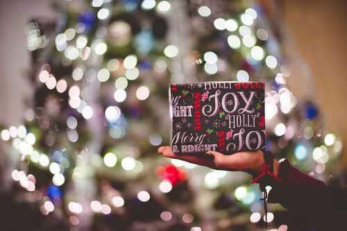 Креативни идеи как да прекарате Коледа безопасно (и евтино) през 2020