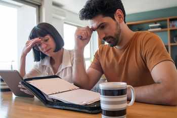 Бързи кредити до заплата - финансово изплащане и финансови проблеми